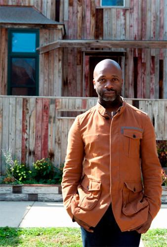 Theaster Gates in front of the Dorchester Projects